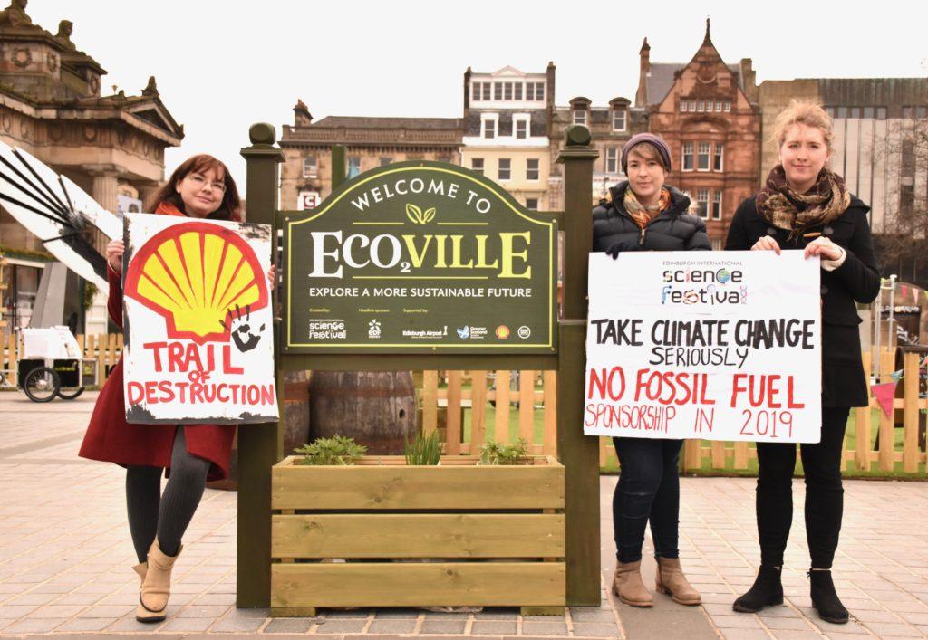 Protestors outside Eco2ville exhibition at Edinburgh Science Festival 2018