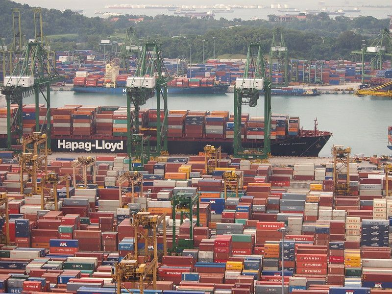 Singapore Ship Docks, Credit: ShnapThat/ Flickr (CC BY 2.0)